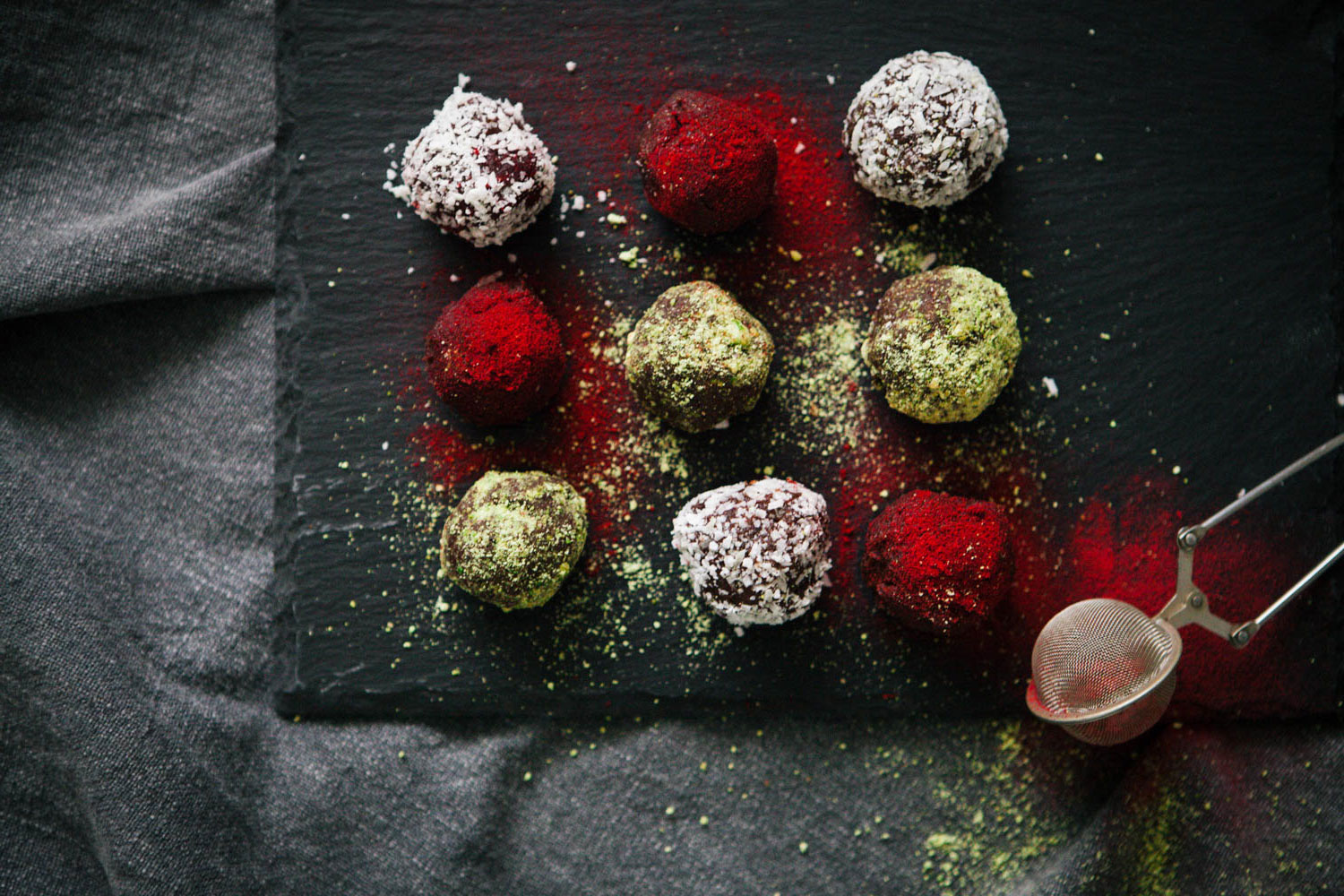 Bestow Easter Treats – Raw Cacao Bliss Balls