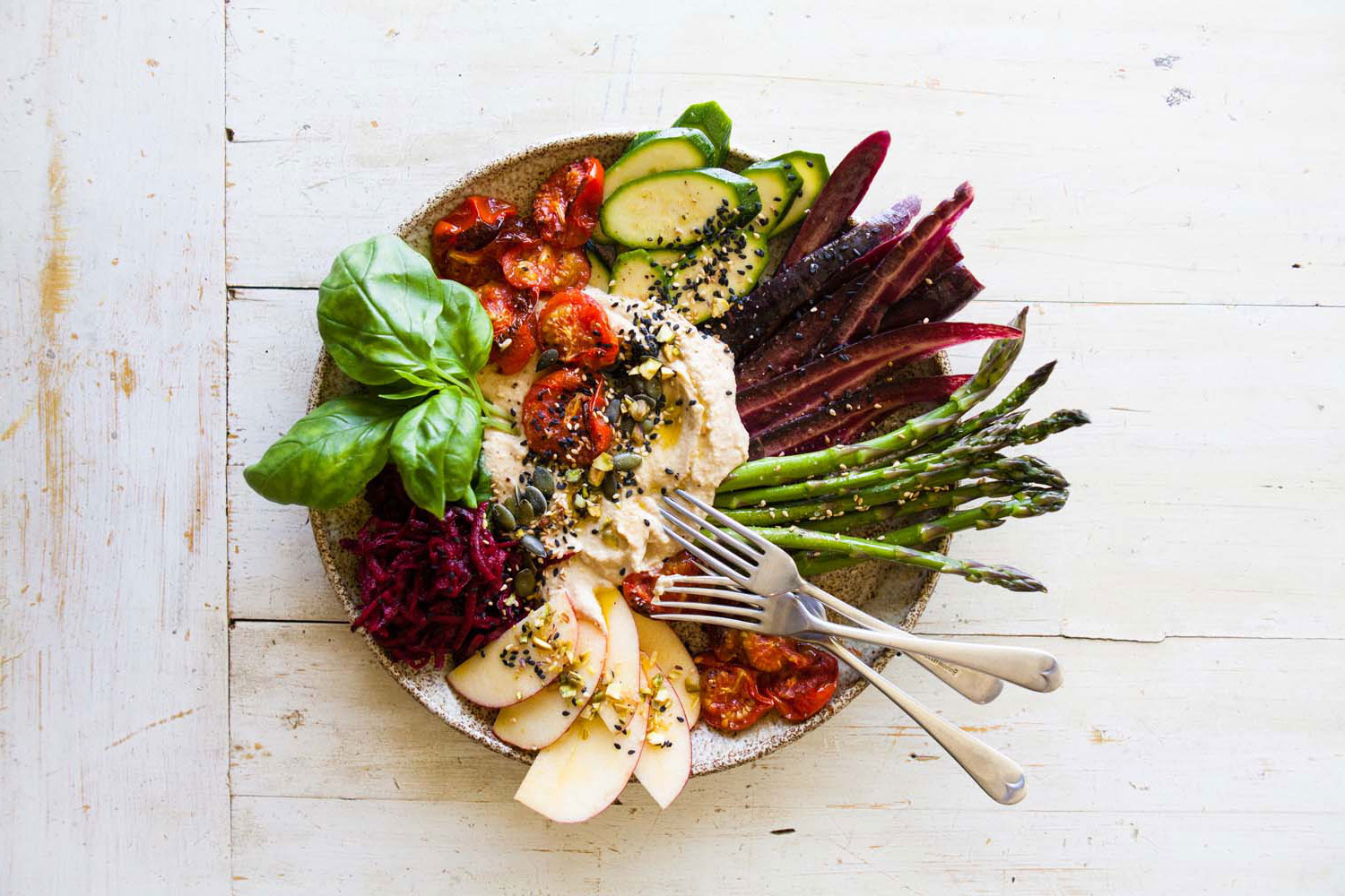 CREATE A HEALTHY GRAZING PLATTER